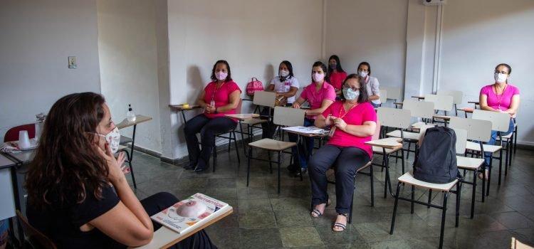 """Encerrando o """"Outubro Rosa/20"""", colaboradoras da Transcotta participam de um bate papo educativo"""